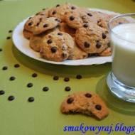 American Chocolate Chips Cookies- kruche ciasteczka z czekoladą i orzechami, tzw. pieguski