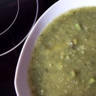 Zupa z fasolki i szpinaku