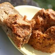 Pasta z ciecierzycy i kolejny raz pikantne chrupki z tejże:)