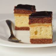 Miodowo-kakaowe ciasto z kremem