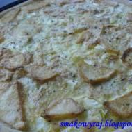 Tortilla hiszpańska na cieście piwnym, czyli tarta zapiekana z ziemniakami i cebulką