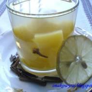 Kompot dyniowy z goździkami i cynamonem