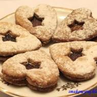 Austriackie kruche ciasteczka z marmoladą lub dżemem w wersji Walentynkowej lub Świątecznej (Sandwich Cookies)
