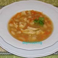 Zupa fasolowa babci Wiesi