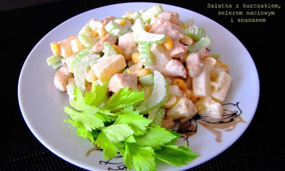 Przepis Na Salatka Z Piersi Kurczaka Ananasa I Selera Naciowego