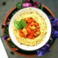 Potrawka z kurczaka i marchewki na styl arabski