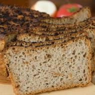 Chleb żytni na zakwasie z prażoną cebulą