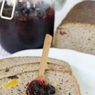 Chleb żytni z żurawiną i morelą