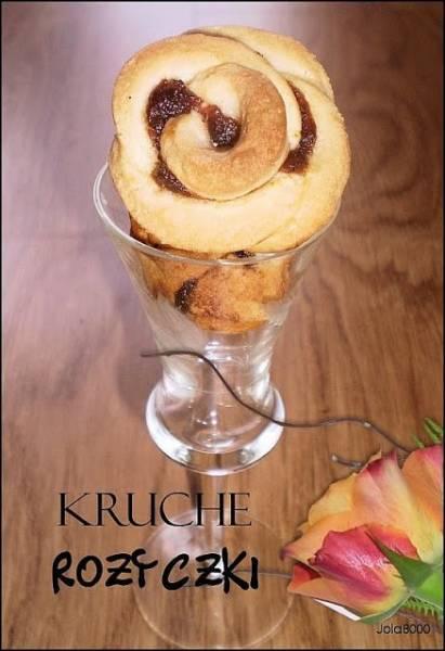 Kruche różyczki - ciasteczka z marmoladą