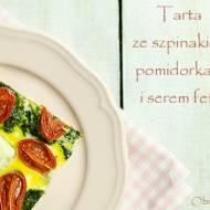 Szybka tarta ze szpinakiem, pomidorkami i serem feta