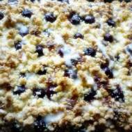 Ciasto drożdżowe z czereśniami.