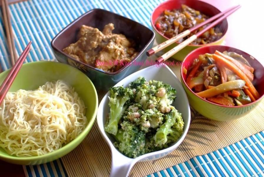 DANIA Z WOKA - kurczak w mleczku kokosowym, brokuły z krewetkami, kapusta pekińska po chińsku, warzywa po azjatycku!