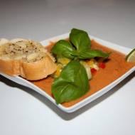 Hiszpania, czyli pikantne gazpacho z grzankami