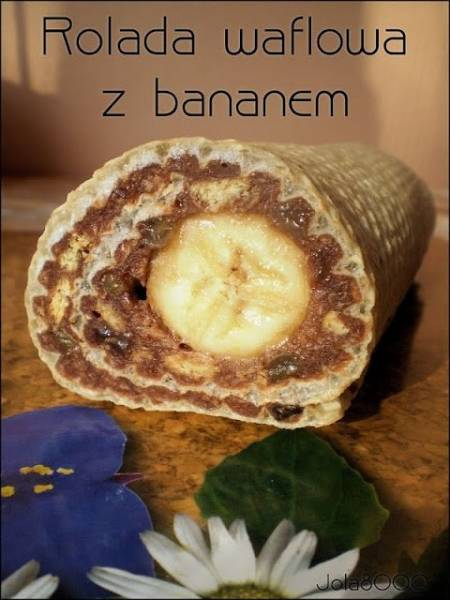 Rolada waflowa z bananem