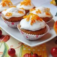Babeczki marchwiowe z karmelizowaną marchewką