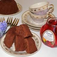 Babeczki mocno czekoladowe z syropem różanym