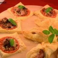 Ciasto francuskie - propozycja ciepłej kolacji lub imprezowej przekąski