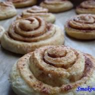 Cinnamon Rolls –  drożdżowe ślimaki z cynamonem