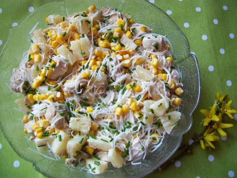 Przepis Na Salatka Z Makaronem Ryzowym Kurczakiem I Ananasem