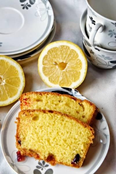 Ciasto cytrynowe z żurawiną