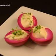 Jajka marynowane w buraczkach / Eggs marinated in beetroot