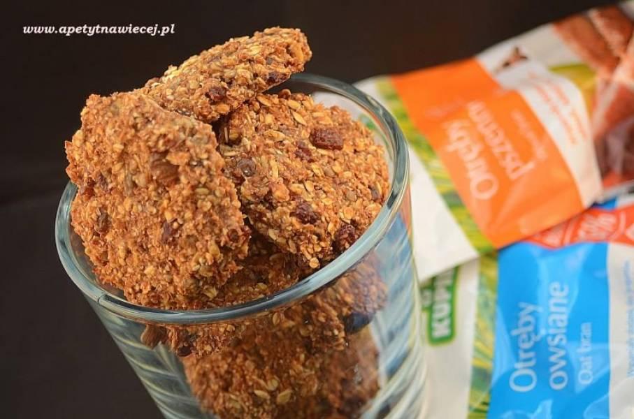 Dietetyczne ciasteczka z otrąb (bez masła,mąki, cukru) / Dietary bran cookies (no butter, flour, sugar)