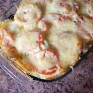 Zapiekanka ziemniaczano-szpinakowa z pomidorami