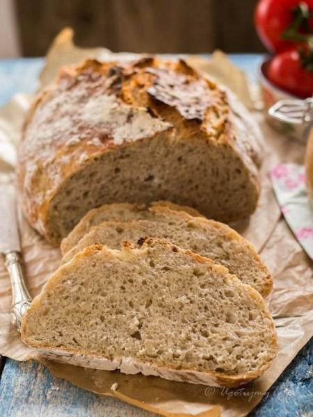 Chleb z płatkami owsianymi i słonecznikiem