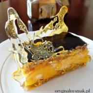 Ciasto orzechowe z ajerkoniakową pianką