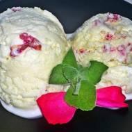 Mleczno - różane lody