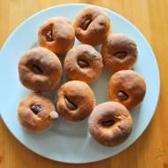 Drożdżowe muffinki z czekoladą