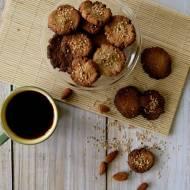 Ciasteczka migdałowe na mleku kokosowym z tahini