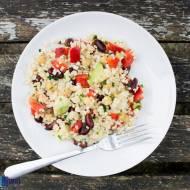 Sałatka z bulguru. / Bulgur salad.