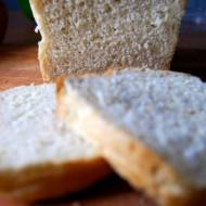 Chleb pszenny z czosnkiem