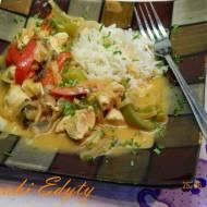 Kurczak po tajsku z ryżem