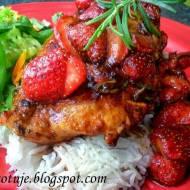 Grillowane Filety z Kurczaka z Sosem Balsamicznym z Truskawkami i Rozmarynem
