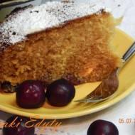 Ciasto miodowe z czereśniami