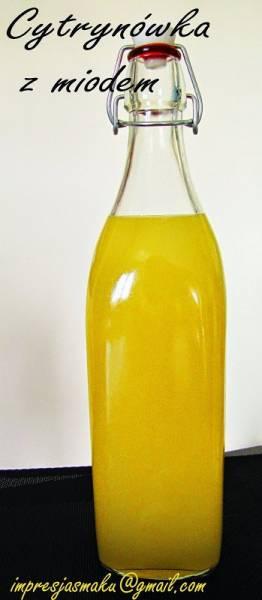 Wódka cytrynówka z miodem (rewelacyjny zdobyczny przepis na nalewkę - wódkę)