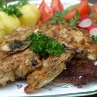 Na przekąskę , obiad czy też po pieczywa. Pyszne z ulubioną sałatką ze świeżych warzyw i delikatnym sosem śmietanowo-koperkowym.