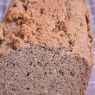 Bezglutenowy chleb jaglany z lnem