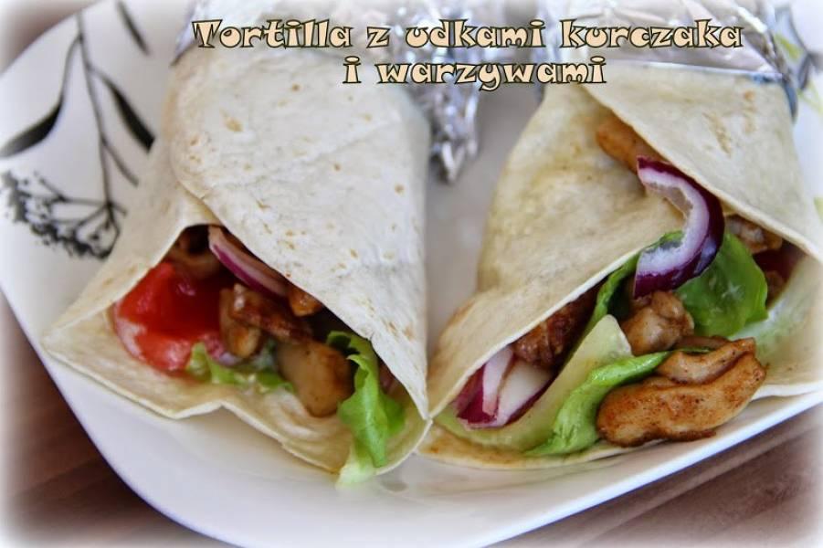 Przepis Na Tortilla Z Udkami Kurczaka I Warzywami Ugotowac