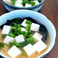 Zupa Miso z tofu i makaronem mie