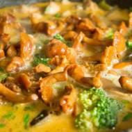 Curry z kurkami. / Curry with chanterelles.