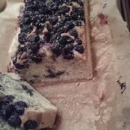 Ciasto z owocami aronii