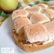 Szarlotka z mąki jaglanej pod piankami (bez glutenu, mleka i jajek)