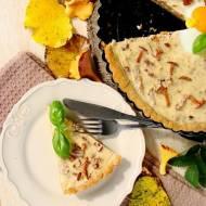 Leśna tarta z kurkami i orzechami włoskimi