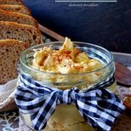 Hummus - domowa pasta z ciecierzycy