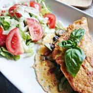 Omlet z Cukinią, Pieczarkami i Kabanosami