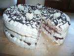 Bezowy tort