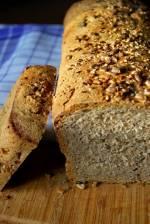Chleb 4 ziarna na zakwasie